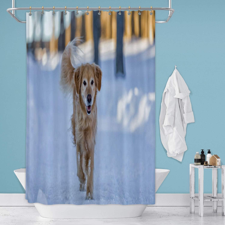 Running in The Snow Canada,Shower Curtain Dog Bathroom Decor Set