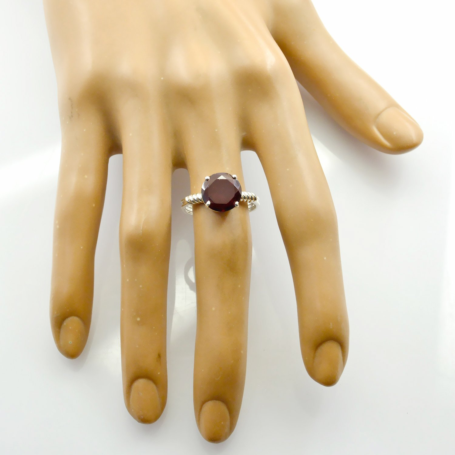 Nice Gemstone Round Faceted Garnet Rings Sterling Silver Red Garnet Nice Gemstone Ring suppiler Jewelry top Selling Items Gift for Independence Antique