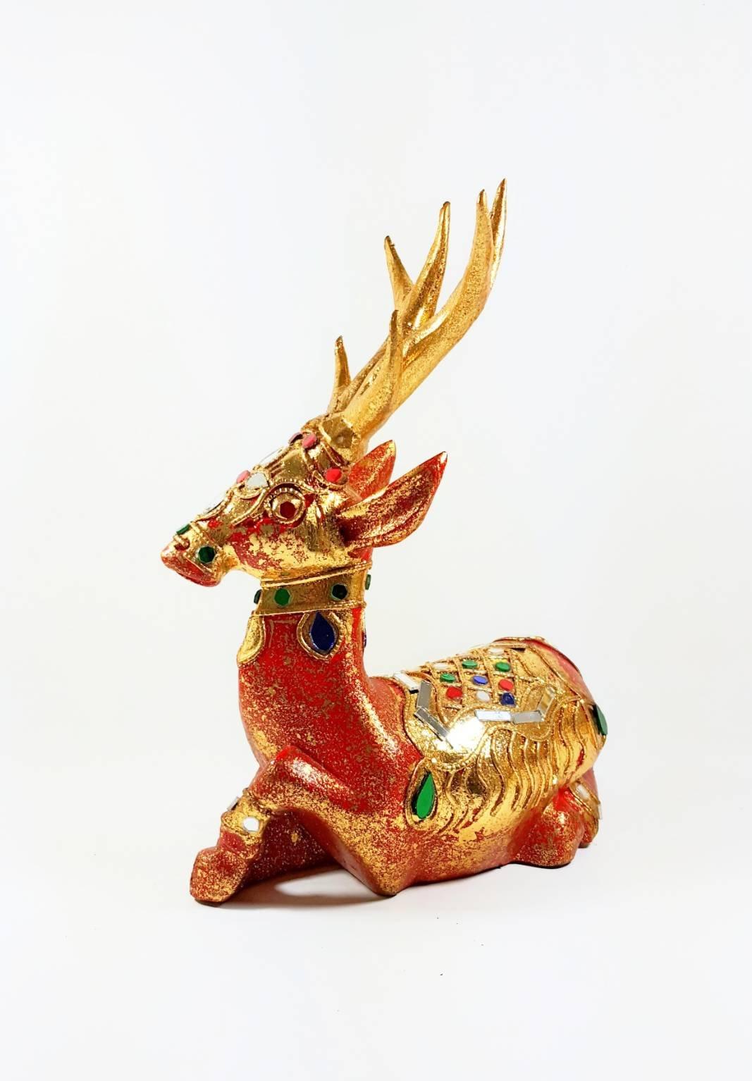 Phanara Deer W.8cm. L.18cm. H.23cm.