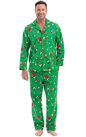 Mens Christmas Pajamas.Pajamagram Fun Mens Christmas Pajamas Charlie Brown Pajamas Green