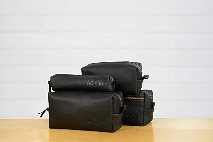 255aa7b7ba0a Amazon.com  Personalized Black Arizona Leather Dopp Kit Groomsmen ...