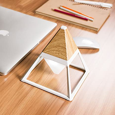 Lámpara de mesa pequeña cuidador pirámide grano de madera ...