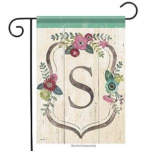 Aric Garden Flag - Classic Floral Monogram S