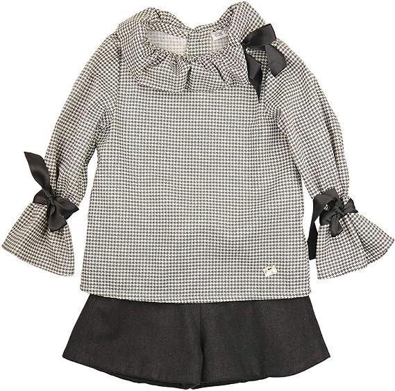 EVE CHILDREN - Conjunto para niña. Blusa con Estampado Pata de Gallo de Manga Larga y Short Gris Oscuro. Blusa con Cuello Fruncido y Lazos en Las Mangas. Cierre con Botones en