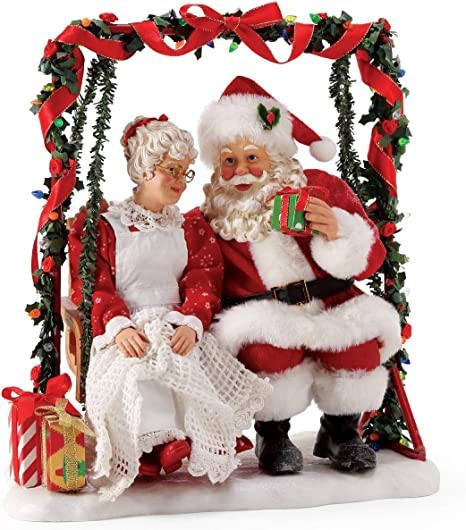 Department 56 Possible Dreams Clothtique 25th Anniversary Carolers Christmas Traditions Santa and Mrs Claus Figurine