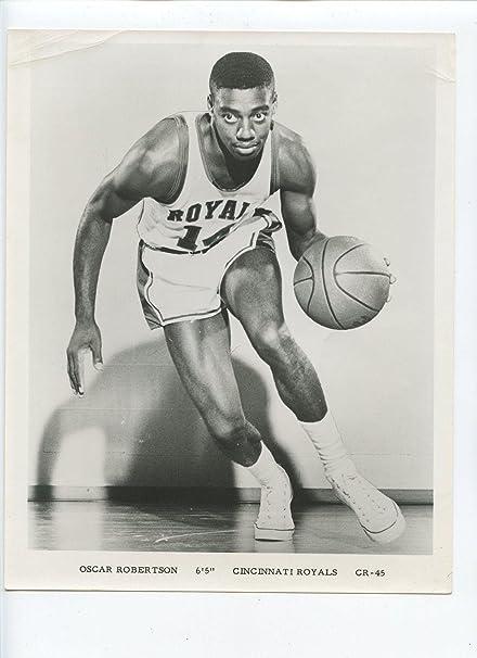 c3ff7355f Oscar Robertson Photo - Original 8 X 10 - Autographed NBA Photos at ...