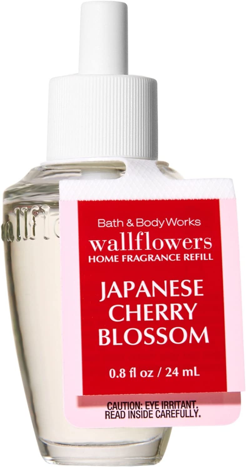 Bath and Body Works Wallflowers Single Refill Signature Collection (Japanese Cherry Blossom)