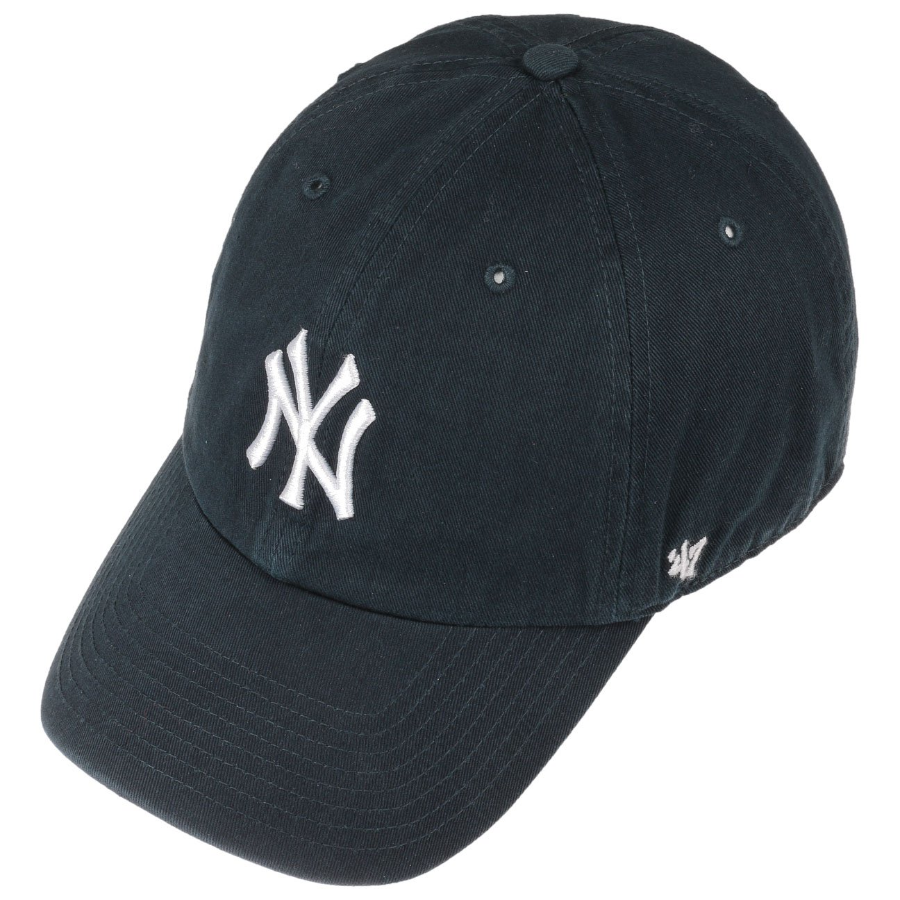 265943aa7 Amazon.com: '47 MLB New York Yankees Brand Clean Up Adjustable Cap, One  Size, Black: Clothing