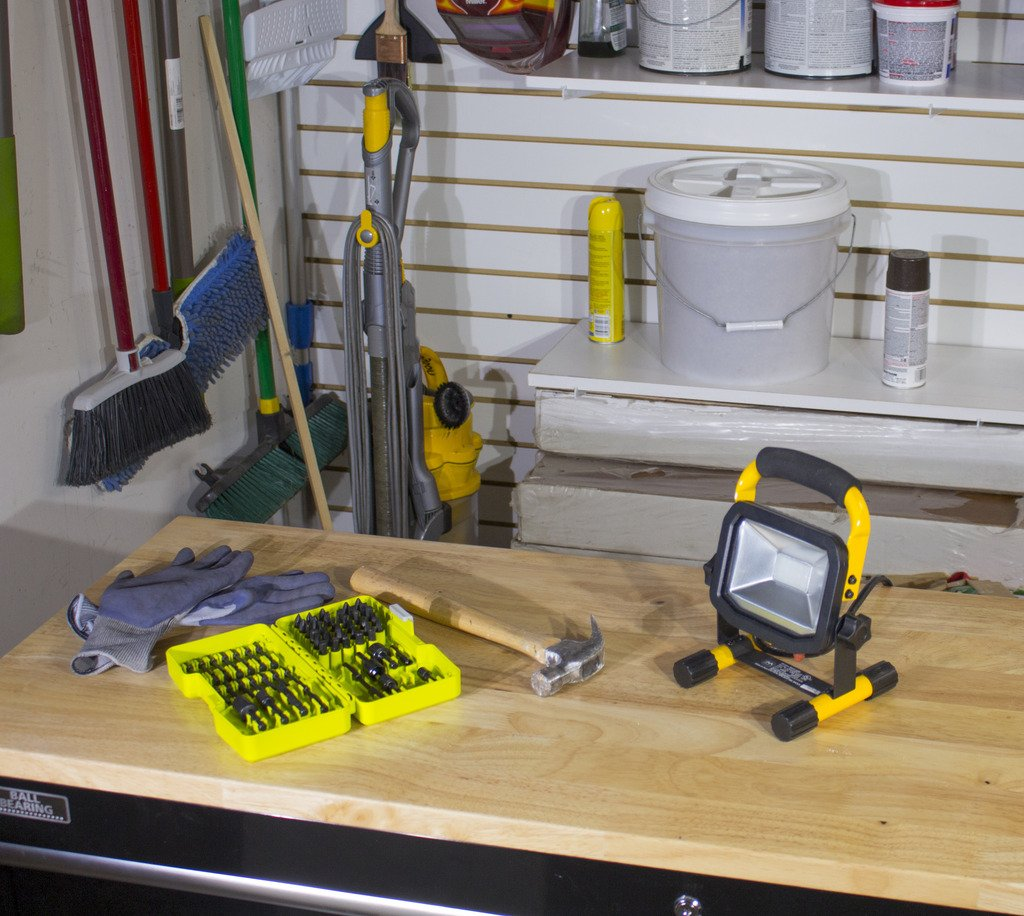 Slimline Portable LED Outdoor Worklight - 40W - Extra Large by Masterplug (Image #3)