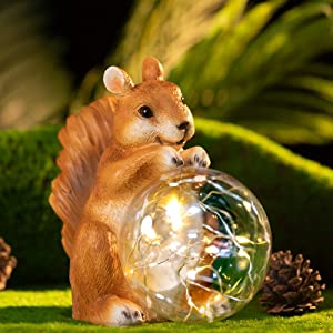 LEMONSTONE Garden Decor Squirrel Art– Waterproof Resin Outdoor Decorations with AUTO On/Off LED Solar Lights – Outside Decorative Statues, Figurine Gift for Patio Deck Yard Porch Pond