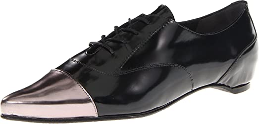 01dce81165 Amazon.com | Stuart Weitzman Women's Devon Oxford, Jet Mirror, 8 M ...
