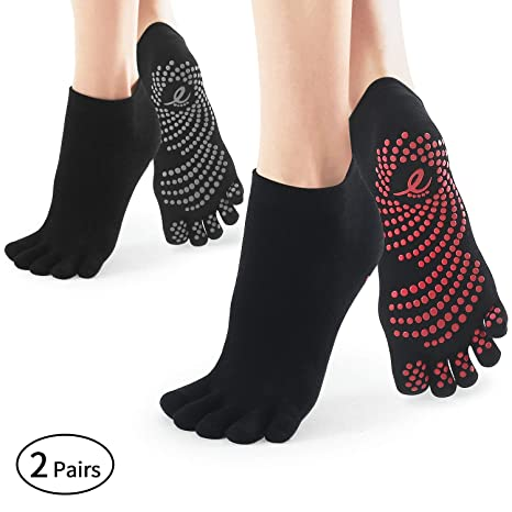 Amazon.com : SOX TOWN Non Slip Yoga Socks for Women 2 Pairs ...