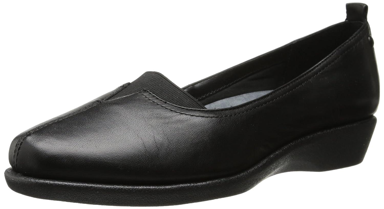 6b84fc2306 Amazon.com   Hush Puppies Women's Pearl Carlisle Slip-On Loafer   Shoes