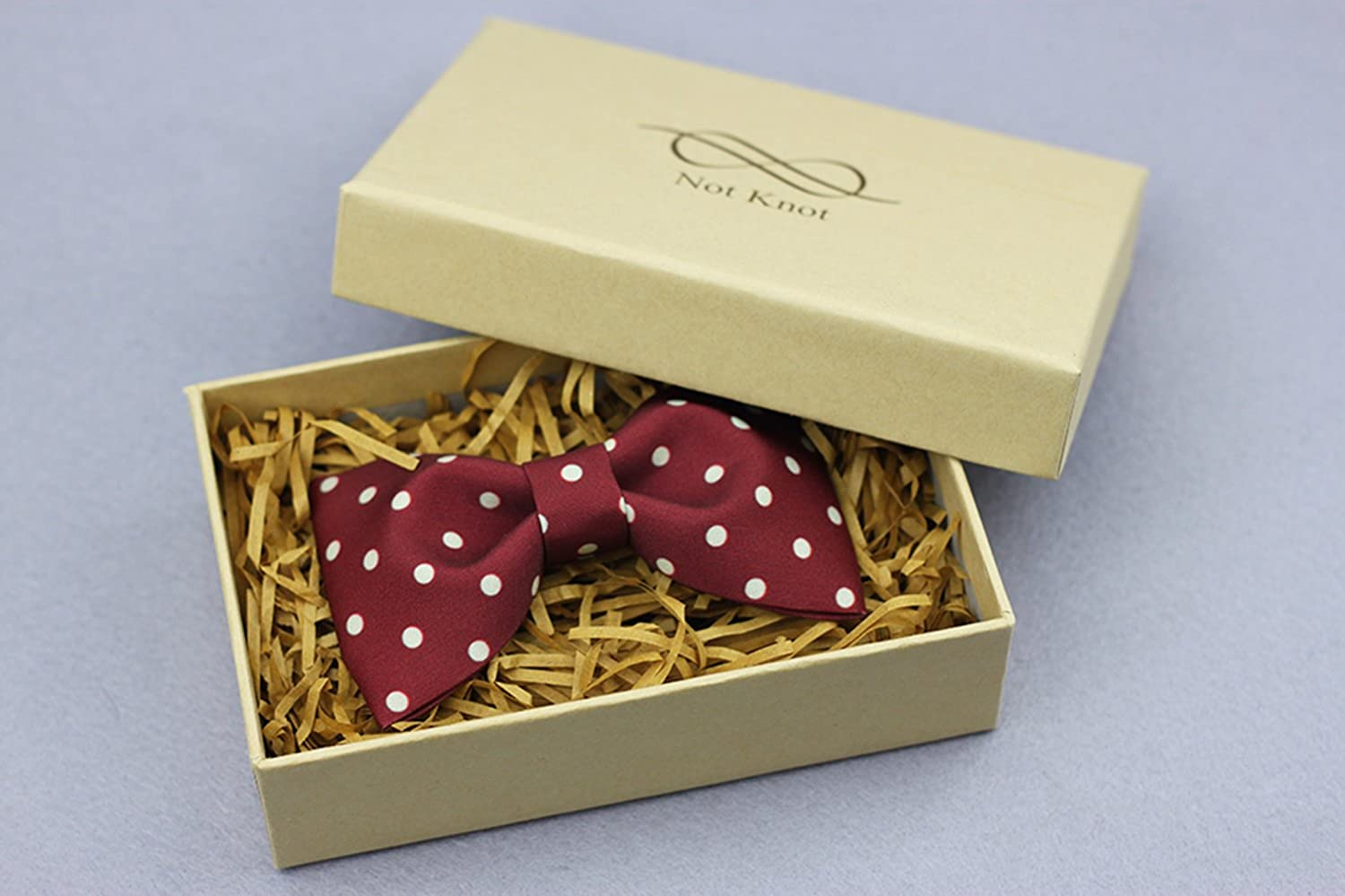 Cloud Rack Bow Tie The Red Wave Point Printing Bowknot