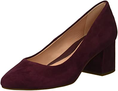 aeebf1f56b2 Amazon.com  Taryn Rose Women s Rochelle Pump  Shoes