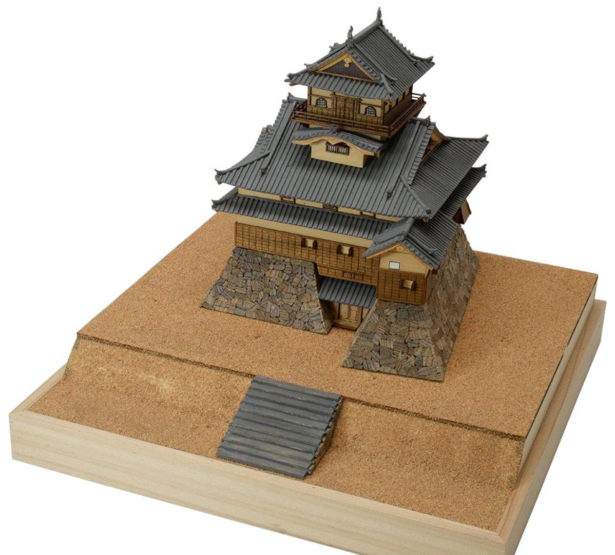 ウッディジョー 1/150 犬山城 木製模型 組み立てキット B079WS567H