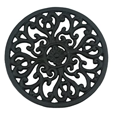 Ogrmar 6.6  Diameter Decorative Cast Iron Round Trivet with Vintage Pattern for Rustic Kitchen Or Dining Table with Rubber Pegs (6.6 , Brownish black)