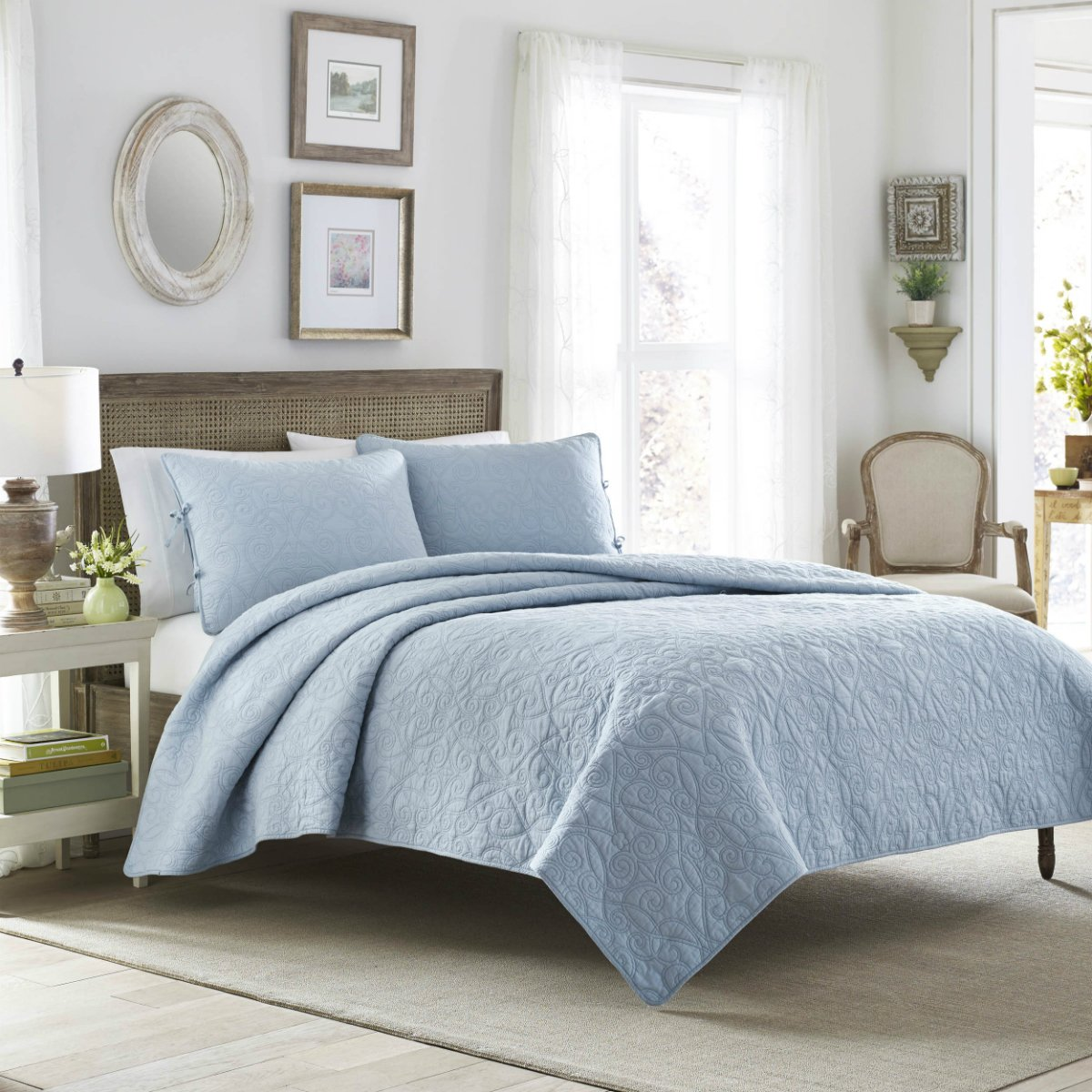 100% Cotton Soft & Lightweight Quilt Set in Breeze Blue Colour - King Size, 3 Pieces