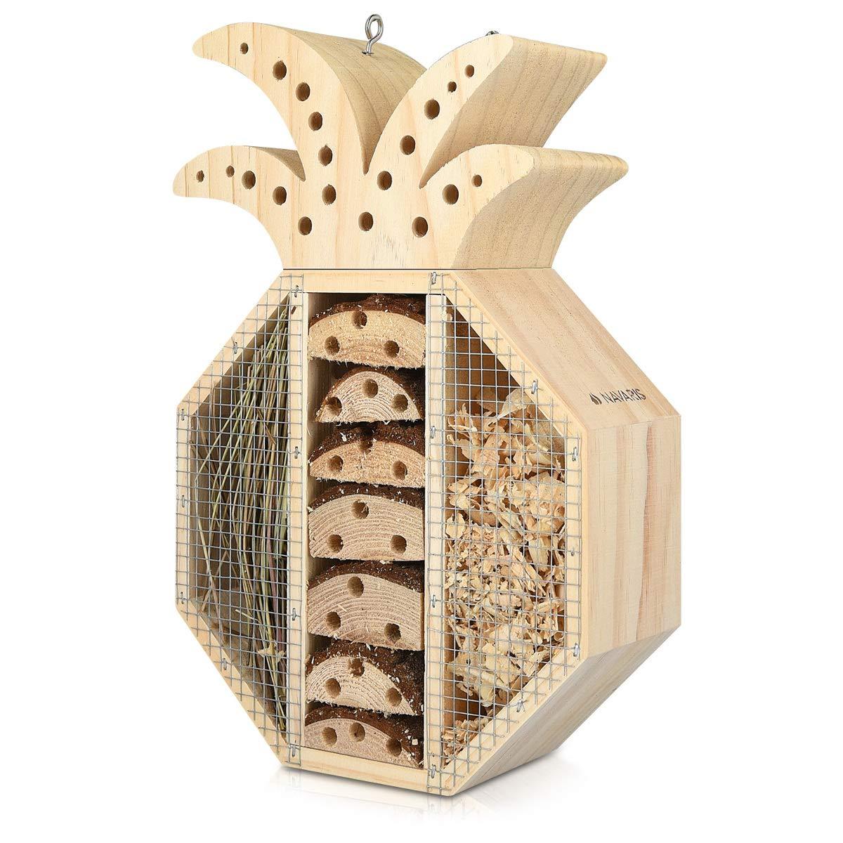 Navaris Hôtel à Insecte Bois - Cabane abri Forme Ananas 21, 5 x 32 x 8 cm - Maisonnette Refuge Abeille Coccinelle Papillon Autres Insectes Volants KW-Commerce 44342_m000676