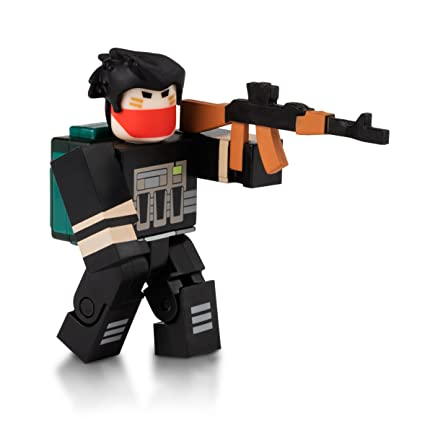 Amazoncom Roblox Apocalypse Rising Bandit Figure With Exclusive
