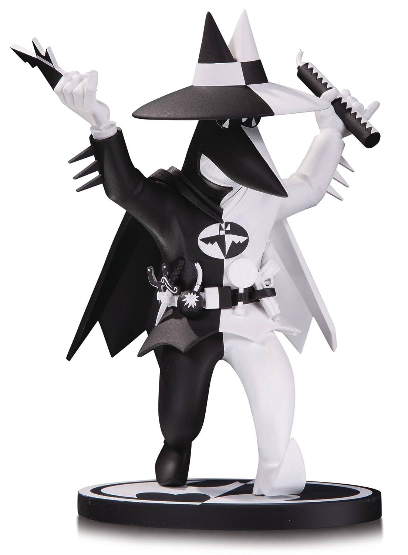 DC Collectibles Black & White: Batman Vs Spy by Peter Kuper Resin Statue Diamond Comics MAY179005
