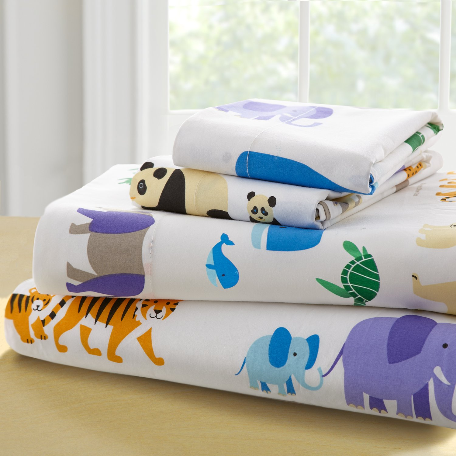 Wildkin Twin Sheet Set, 100% Cotton Twin Sheet Set with Top Sheet, Fitted Sheet, and Pillow Case, Bold Patterns Coordinate with Other Room Décor, Olive Kids Design – Endangered Animals