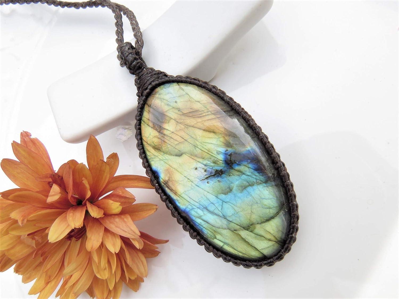labradorite jewelry Macrame pendant with labradorite