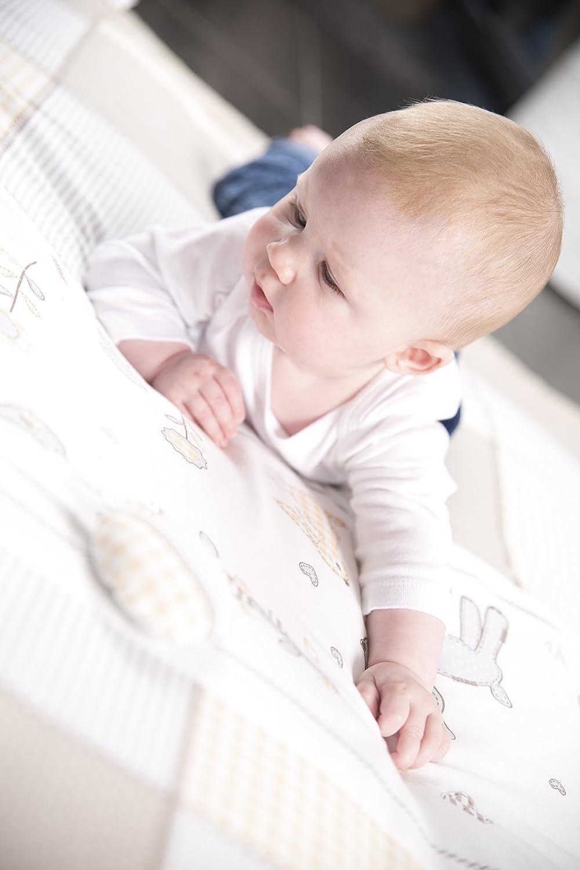 Roba Bade-Wickelkombination 'Baby Pool', Wickeltisch klappbar klappbar klappbar mit Badewanne, Holz natur inkl. Wickelauflage weiß e00127