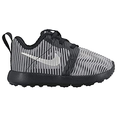 9385a3f1fab9 NIKE Roshe ONE Flight Weight (TDV) Boys Fashion-Sneakers 819691-009 5C