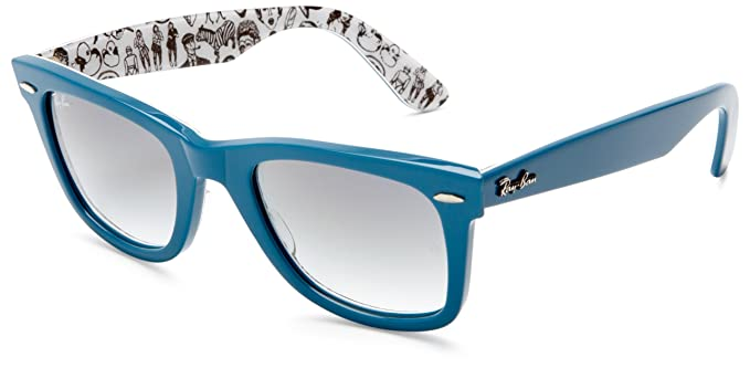Ray Ban Rb2140 Original Wayfarer Avio Blue On Comics (Rare Prints - Comics)  Frame Grey Gradient Lens Plastic Sunglasses, 50mm  Amazon.es  Ropa y  accesorios 861ea7f5e3