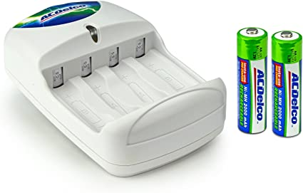 Amazon Com Acdelco Aa And Aaa Battery Charger Includes 2 Aa Batteries Electronics