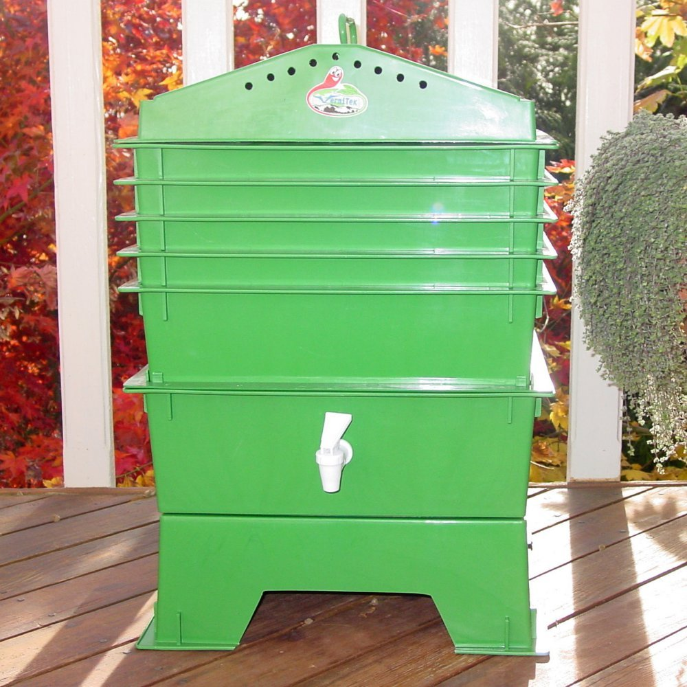 VermiHut 5-Tray Recycled Plastic Worm Composter - by VermiHut