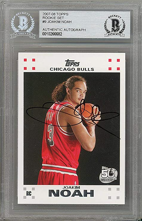 c95cbd908c3 Image Unavailable. Image not available for. Color  Joakim Noah Autographed  2007-08 Topps Rookie Card  9 Chicago Bulls ...