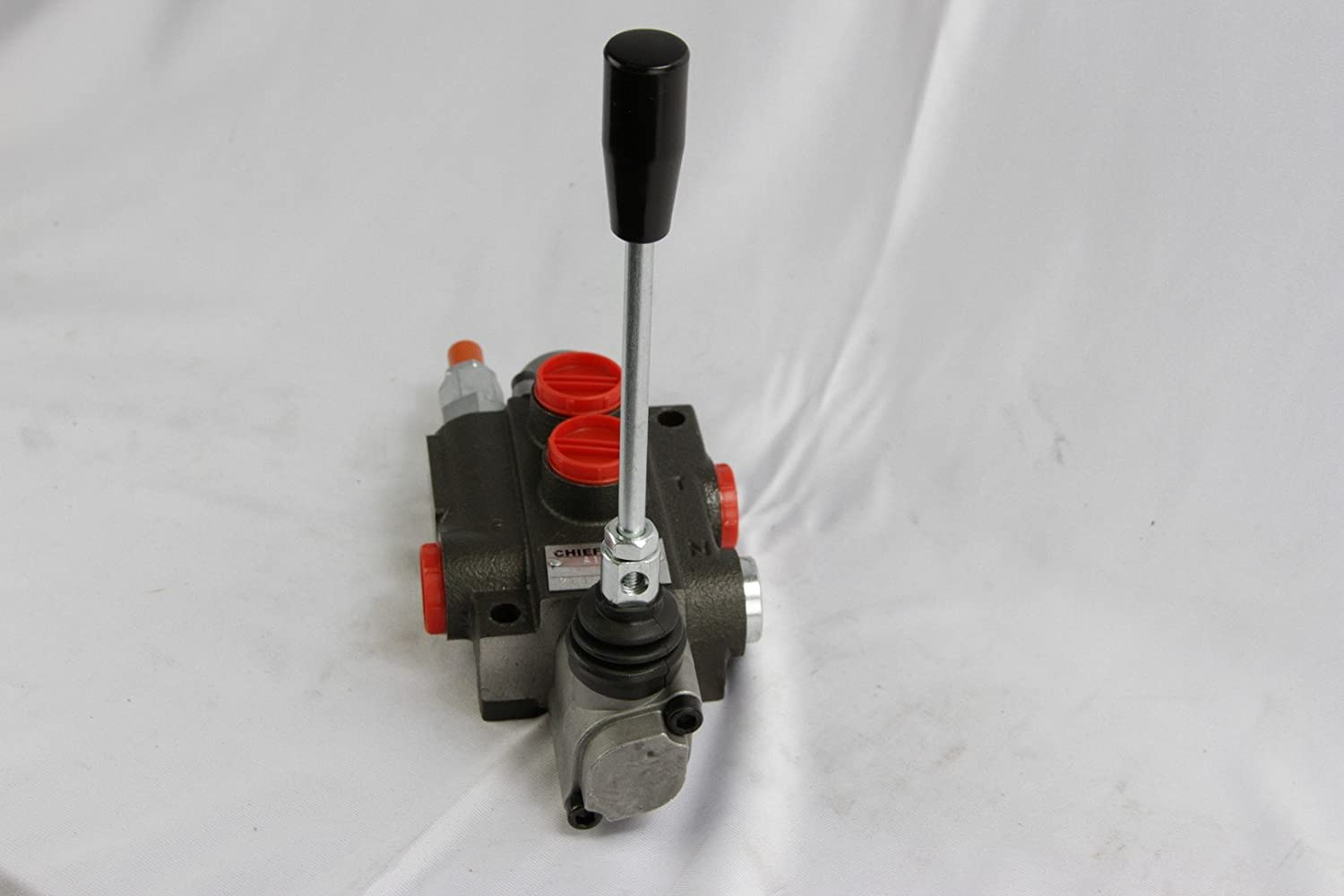 10 GPM 220906 3-pos CHIEF G Series P40 Directional Control Valve: 1 Spool 3625 PSI with SAE #8 Work and SAE #10 Outlet Ports 1500-3625 PSI Relief Setting Spring Center