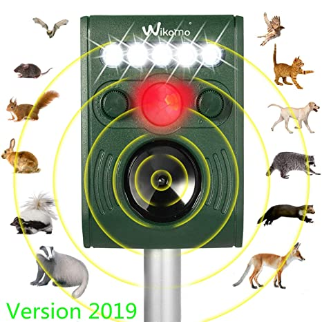 Wikomo Ultrasonic Solar Powered Animal Repeller, Waterproof Outdoor Repeller with Ultrasonic Sound, LED Flashing