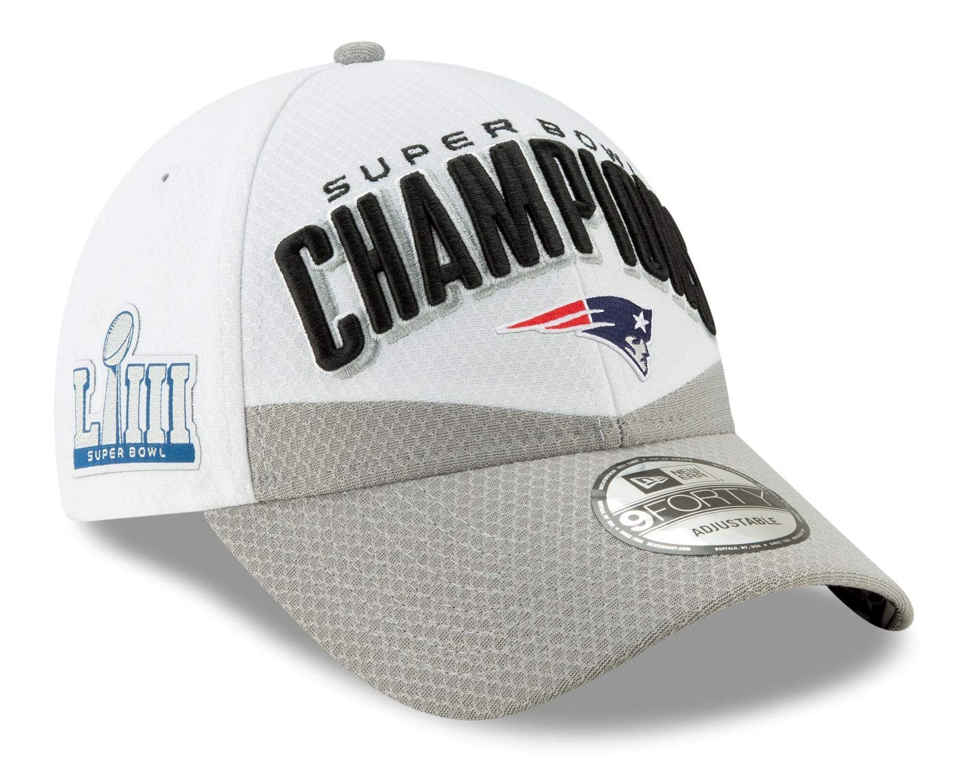 a64fa39306d Amazon.com   New Era New England Patriots Super Bowl Llll Champions Locker  Room 9Forty Hat   Sports   Outdoors