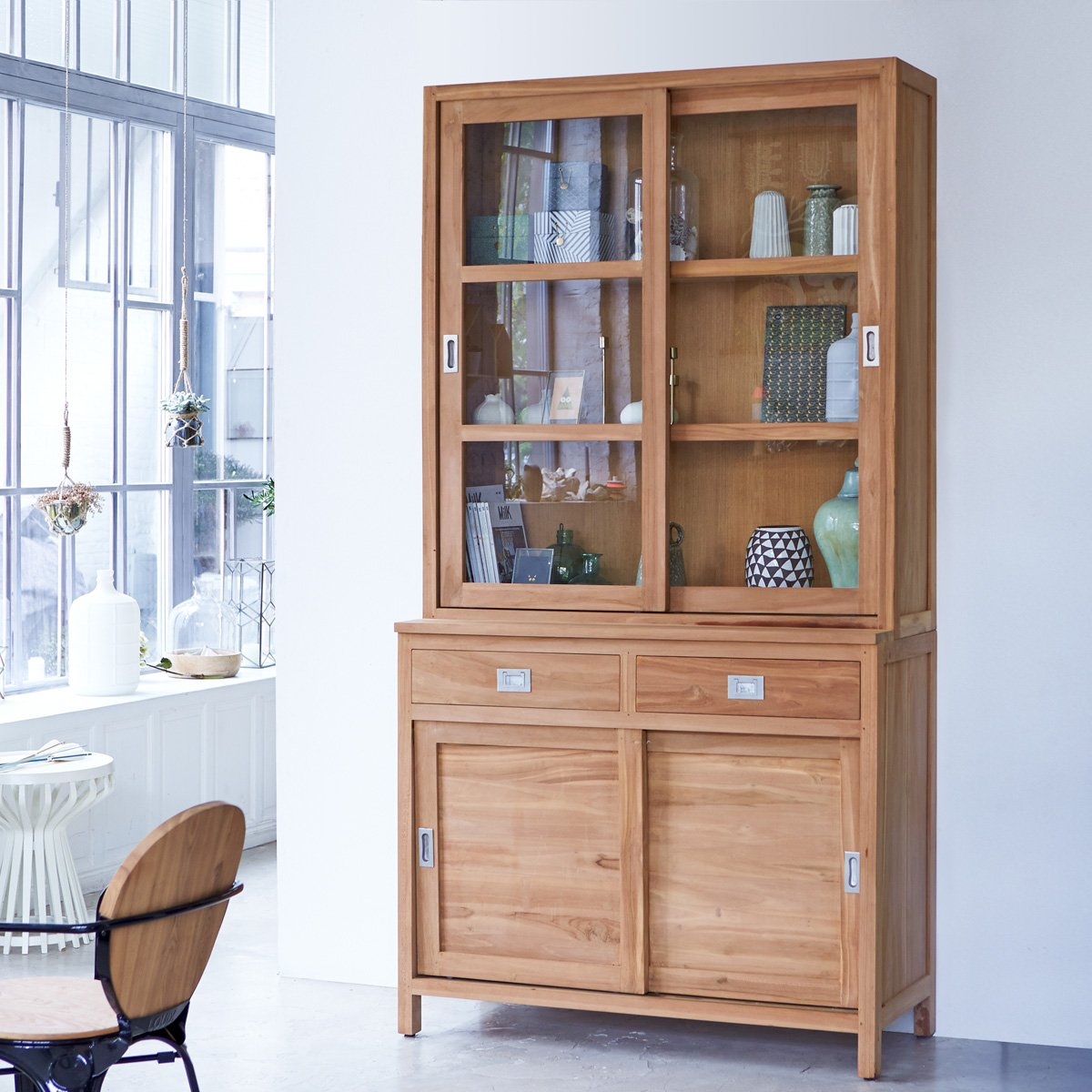 buffet anrichte aus massivem teak massiv geschirrschrank. Black Bedroom Furniture Sets. Home Design Ideas