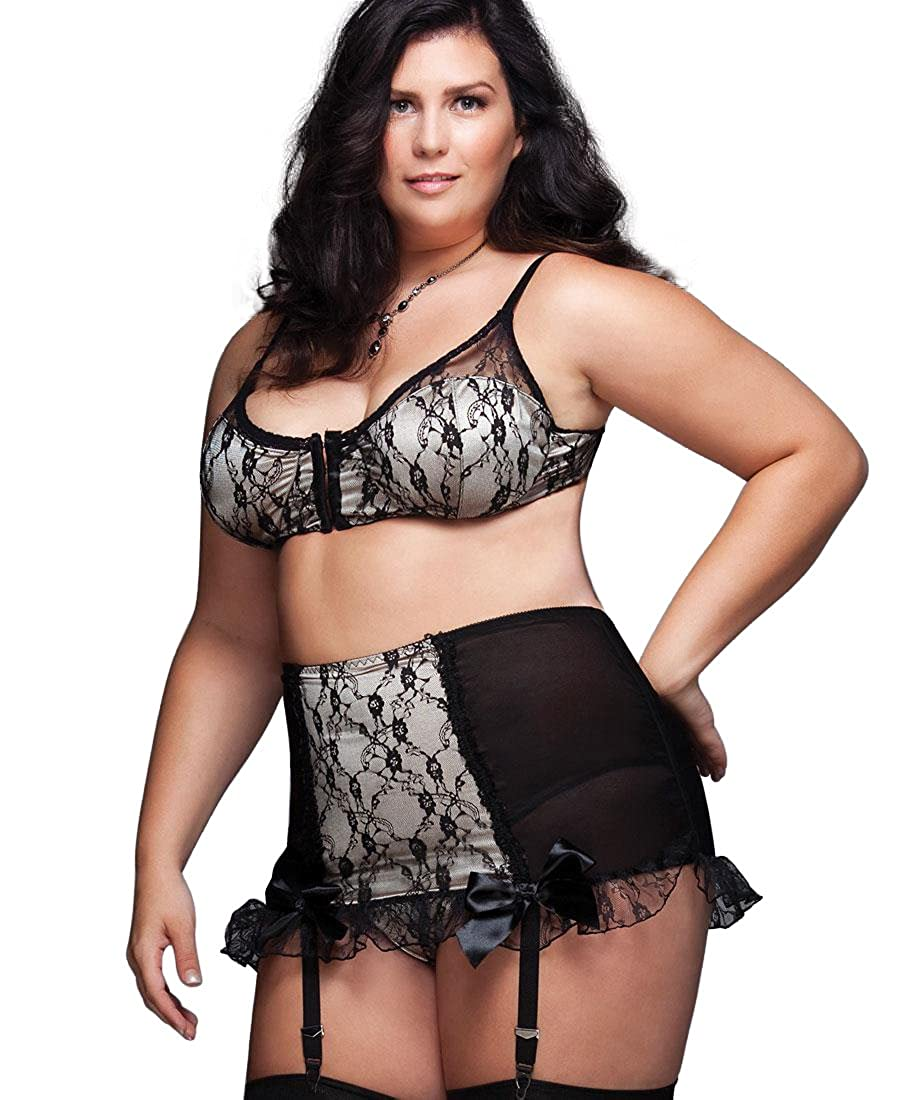 cd313d43670 Coquette 1024X Women s Plus Size High Waisted Garter Belt - 1X-2X -  Black Nude at Amazon Women s Clothing store
