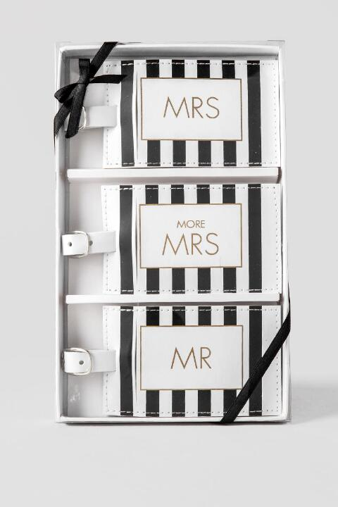 Mr. and Mrs. Luggage Tag Set | Travel & Tech | francesca's