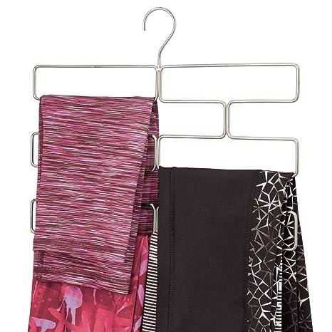 mDesign Compacta percha para pantalones de yoga, leggins, etc. – Organizador de accesorios