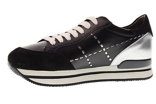aa41d594b2a95 Hogan Scarpe Donna Sneakers Basse HXW2220K080I6V0353 H222 Taglia 40 Nero  Argento  Amazon.it  Scarpe e borse