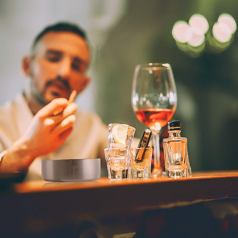 Aschenbecher, 4 Packung mit 10 cm Edelstahl Tischplatte, Runder Zigarrenaschenbecher Geeignet für Zigaretten Aschenbecher in Privathaushalten, Hotels, Restaurants, Büros und im Draußen
