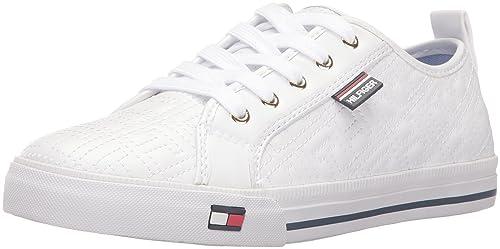 ed952d3f Amazon.com | Tommy Hilfiger Women's Azalea White 10 M US | Shoes