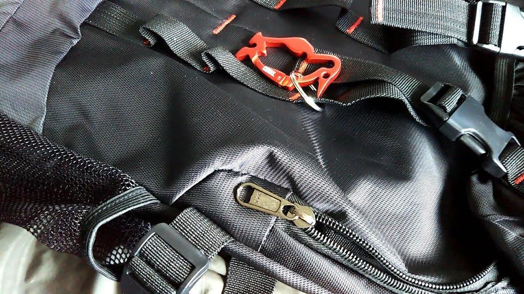 Reedark-登山バッグ-バッグパック-40L大容量-YKKファスナー-リュックサック-ハイキング用