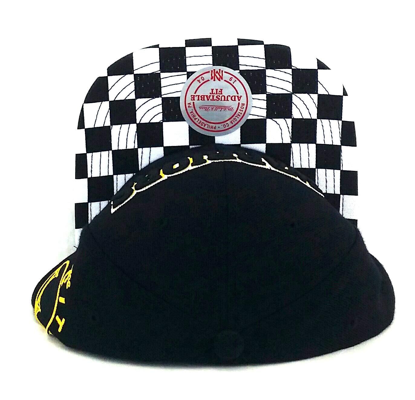 89510eafe063c Amazon.com   Mitchell   Ness Golden State Warriors New Checker Black Era Snapback  Hat Cap   Sports   Outdoors