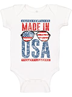 f256ea6a6a2 Amazon.com  Brisco Brands Funny American Flag Glasses Patriotic ...