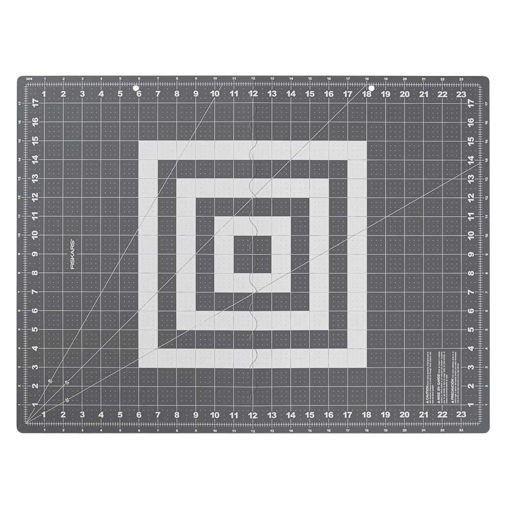 Fiskars Crafts 183900-1001 Folding Cutting Mat Grey