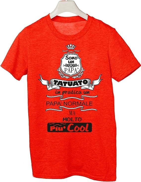 Tshirt Sono Un pap/à Tatuato in ptarica Un pap/à Normale ma Molto pi/ù Cool Tutte Le Taglie by tshirteria Festa del pap/à Happy Fathers Day