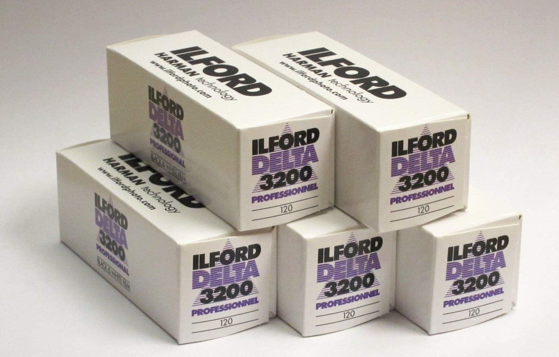 5 Packs of Ilford Delta Pro 3200 ASA Medium Format 120 Roll Film Black and White