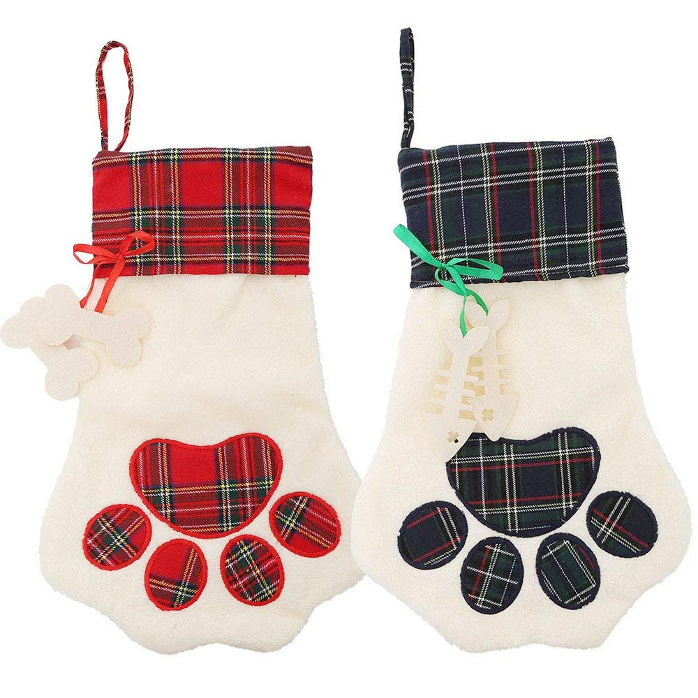 Deggodech Deluxe Plush Classic Red and White Christmas Stockings Ornaments Large Traditional Hanging Xmas Stockings Ideal Christmas Fireplace Decoration Great for Kids (1PC, 19inches / 50cm)